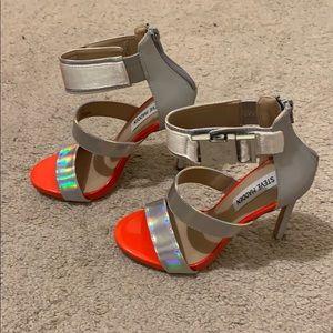 womens steve madden felice silver heels